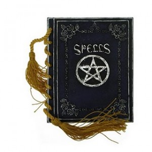 """spell books, knjiga vradžbina"""