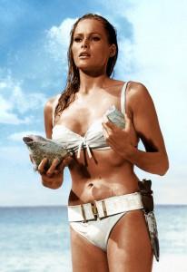 """""""Ursula Andres u belom bikiniju, Bond devojka"""""""