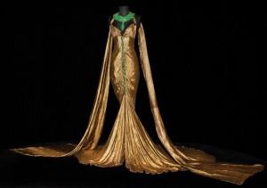 """smaragno-zlatna haljina iz filma Kleopatra"""