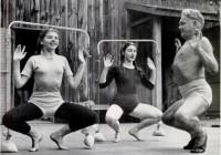 Joe_Pilates_teaches_dancers_at_Jacob_s_Pillow