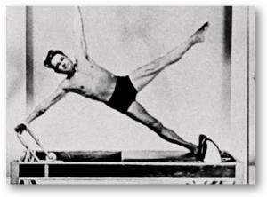 Joseph_Pilates_reformer